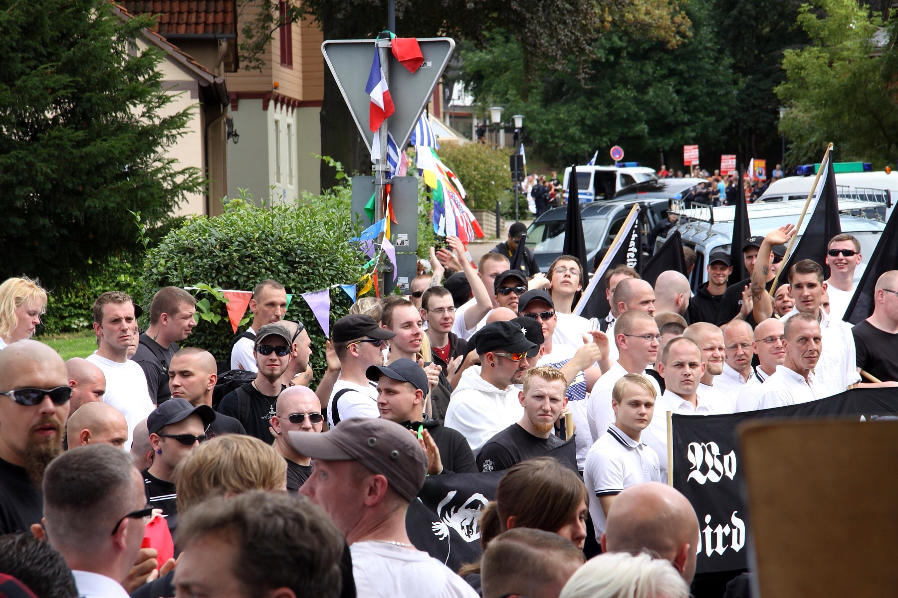 Right-winged extremist at a rally. Yes, most of the germans don't like them, too. (Picture by Michaela, CC -BY-NC-ND 2.0)